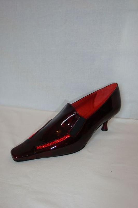 64d61c7c0282 CSANGO&RINALDI bordó lakk alkalmi cipő